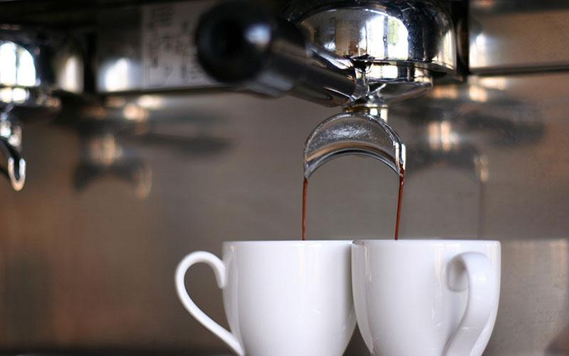 Barista cafetière expresso double sortie : 2 tasses
